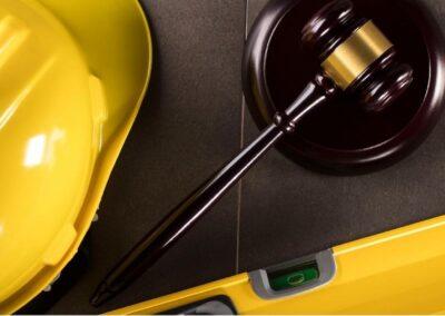 De preventieve en de repressieve toetsing aan bouwtechnische voorschriften in het publieke bouwrecht. Constructieve veiligheid nader beschouwd.